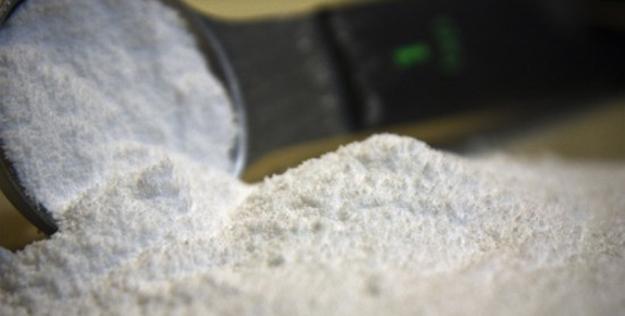 hàn the trong bún phở, thường được dùng làm chất tẩy trắng... có khả năng gây ung thư và tích tụ vĩnh viễn trong cơ thể