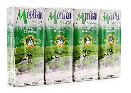 Sữa tươi tiệt trùng Mộc Châu có đường lốc 4 hộp x 180ml