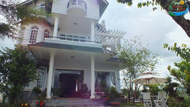 Khách Sạn Reveto Villa