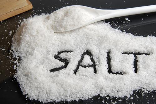 Ăn nhiều muối có nguy cơ mắc bệnh cao huyết áp, tim mạch