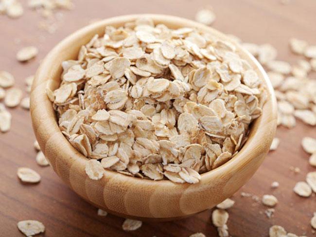 Bột yến mạch giàu protein và hàm lượng chất béo