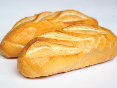 Không nên bảo quản bánh mì trong tủ lạnh