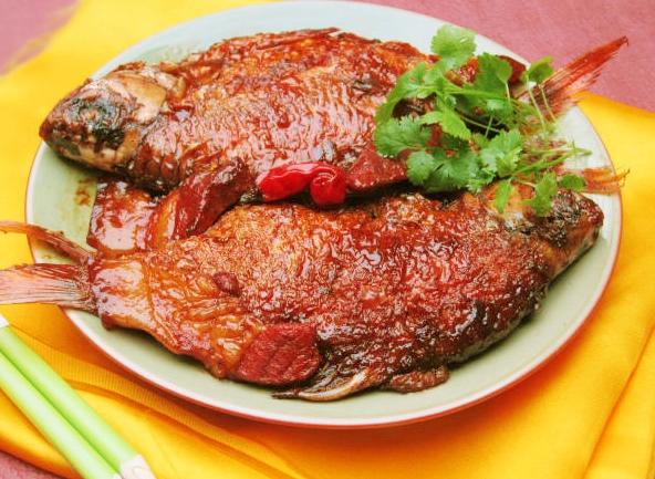 Cá diếc là thực phẩm bổ dưỡng trị rất nhiều bệnh tật