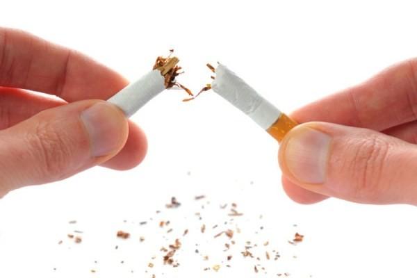 Cai nghiện thuốc lá với 3 cốc sinh tố này mỗi này