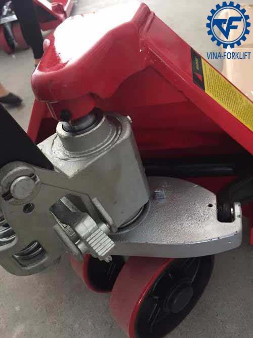 Xe nâng tay Kawasaki thường 3 tấn