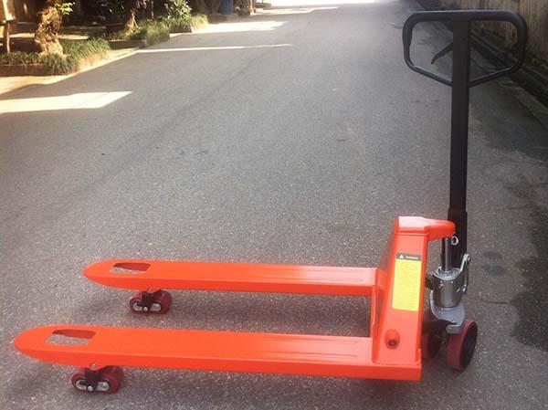 Xe nâng tay pallet càng ngắn