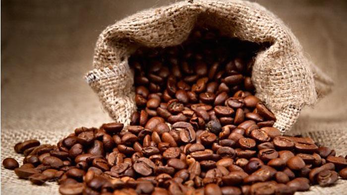 Khử mùi cho đồ nhựa bằng cà phê
