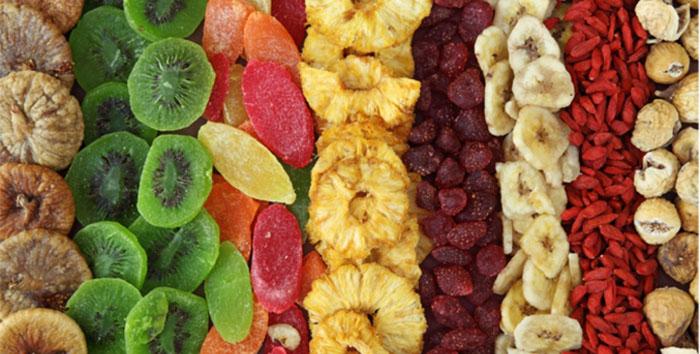 hoa quả sấy khô tiềm ẩn nhiều thành phần độc hại