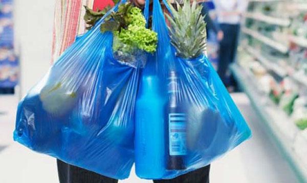 Ngưng sử dụng túi nhựa đựng thực phẩm để bảo vệ sức khỏe chính mình