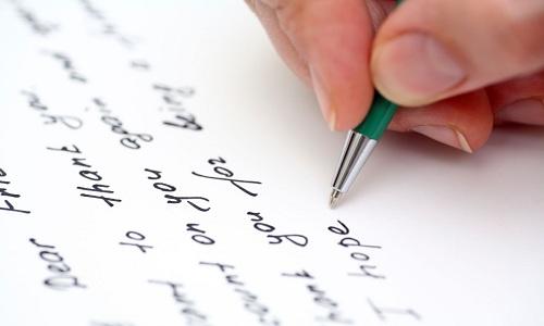 Luyện viết IELTS: Tập viết chuẩn thay vì viết nhiều