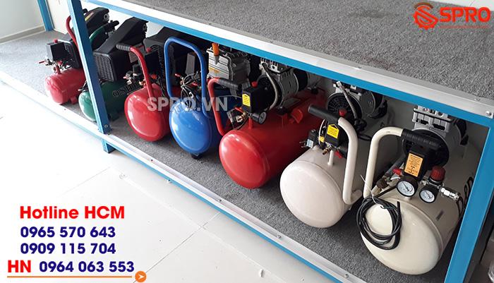Máy nén khí mini sử dụng để phun sơn và bơm bánh xe