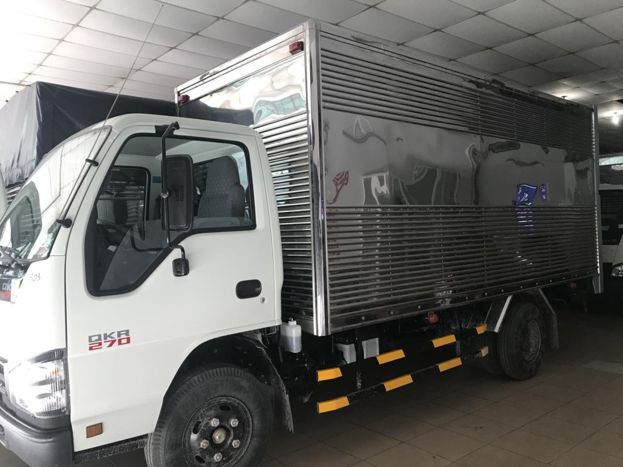 Xe Tải Isuzu 2T4 Euro 4 sản xuất 2018