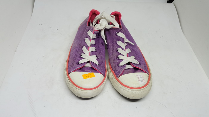 CONVERSE - SIZE 12- MS 153