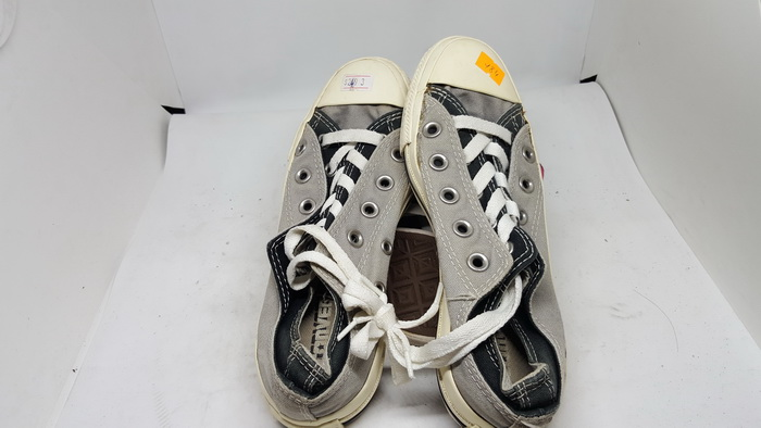 CONVERSE - SIZE 3- MS 184