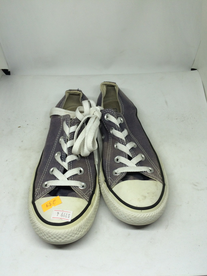 CONVERSE - SIZE 4- MS 239