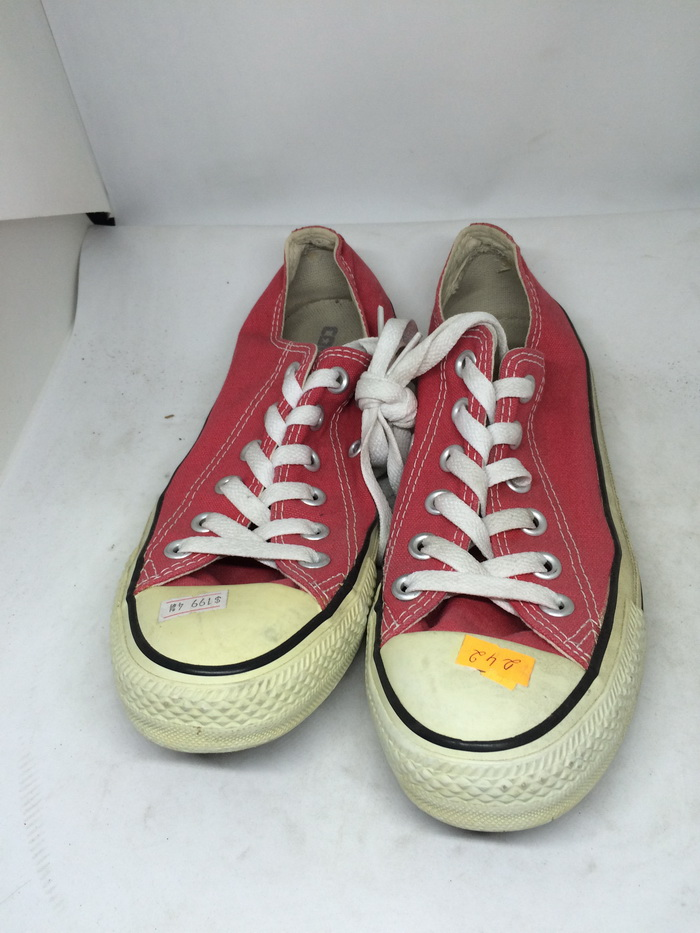 CONVERSE - SIZE 4.5- MS 242