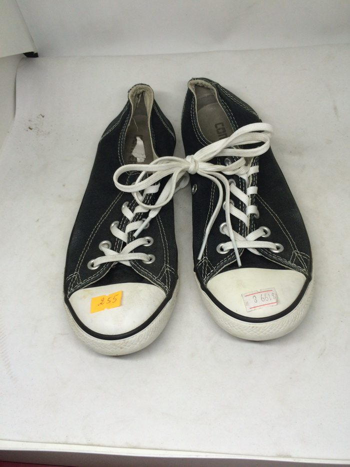 CONVERSE - SIZE 3- MS 255