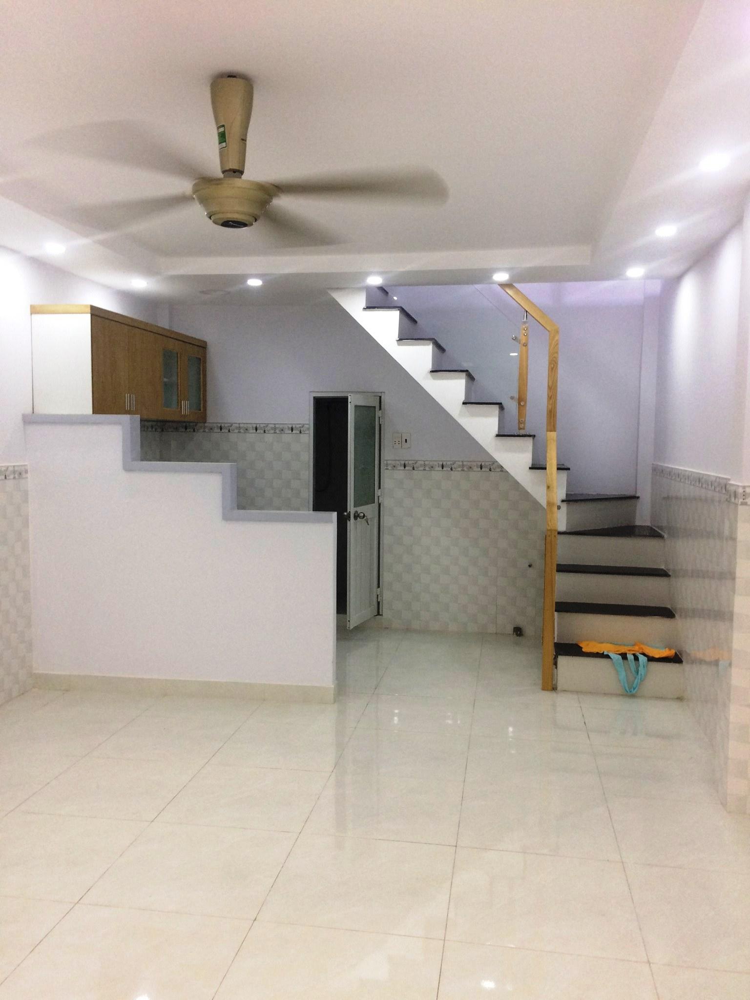 Bán nhà hẻm đường Bùi Thế Mỹ, Phường 10, Quận Tân Bình; 32 m2; 1 lầu