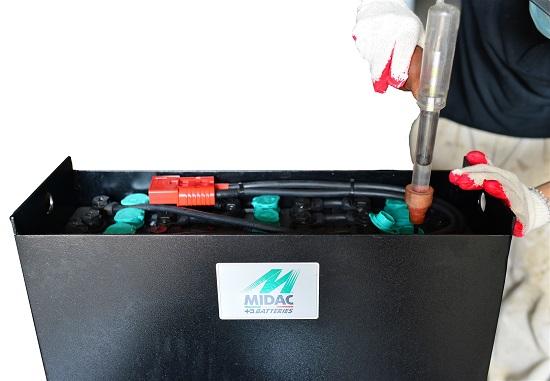 Cách phục hồi bình ắc quy xe nâng hàng