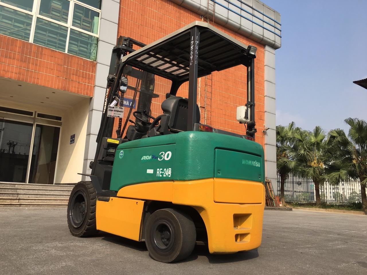 Xe nâng cũ cung cấp bởi TFV Industries