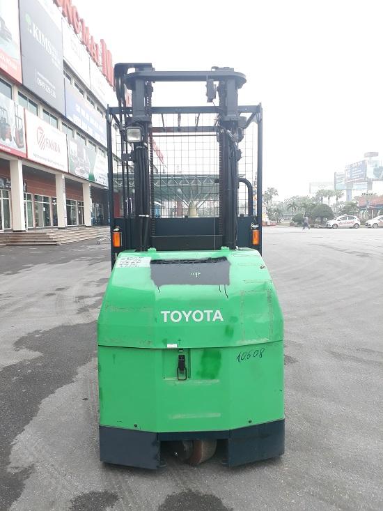 Hướng dẫn chọn loại xe nâng phù hợp với môi trường làm việc