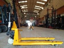 Xe nâng tay TVH/140TA1792 2.5 tấn càng hẹp