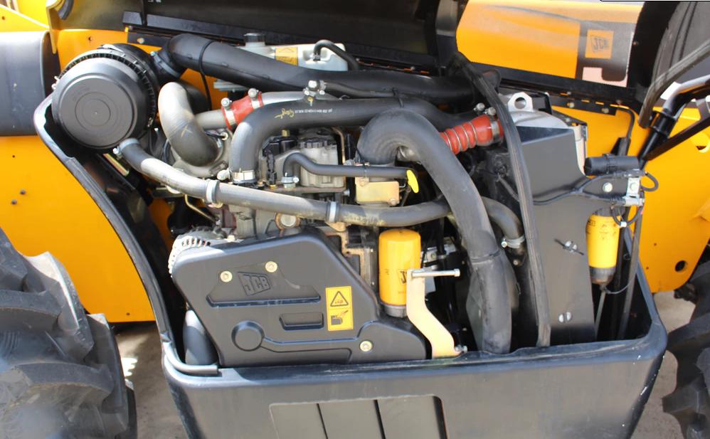 Xe nâng dầu JCB 560-80, 6 tấn 2016