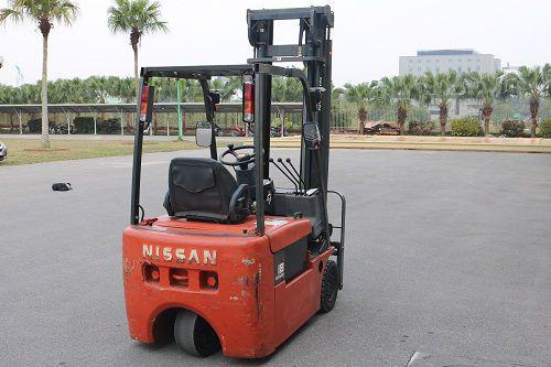Xe nâng điện ngồi lái hiệu Nissan Model N01/N0L18H, năm 2003, độ cao 4000 mm, số khung N01E702494
