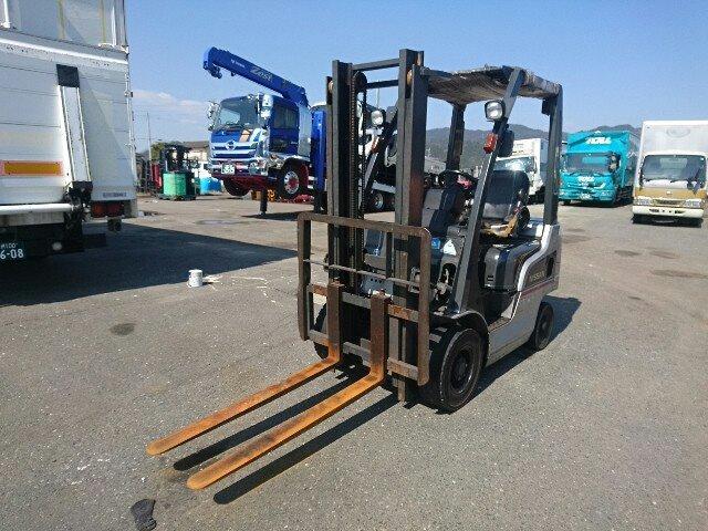 Xe nâng dầu hiệu Nissan EDM F1F1-001008