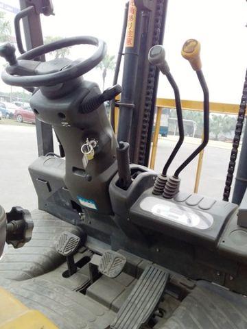 Xe nâng dầu TCM FD30T3