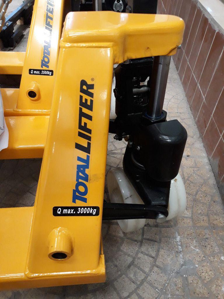 Xe nâng tay Totallifter