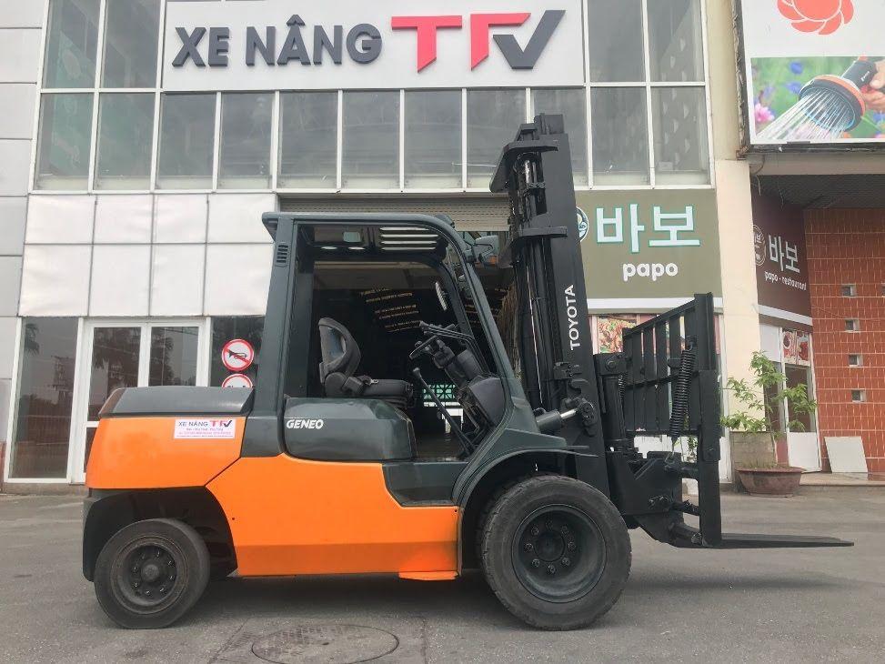 Xe nâng Toyota 7FD40
